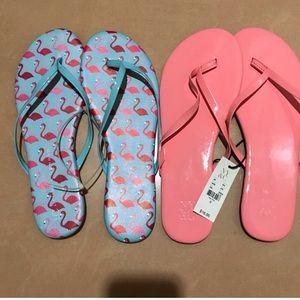 NY & Company Woman's Flip Flop a lot